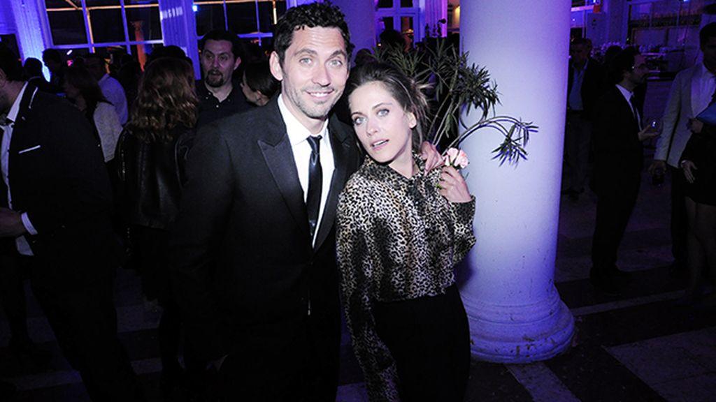 Los anfitriones de la espectacular fiesta: Paco y María León