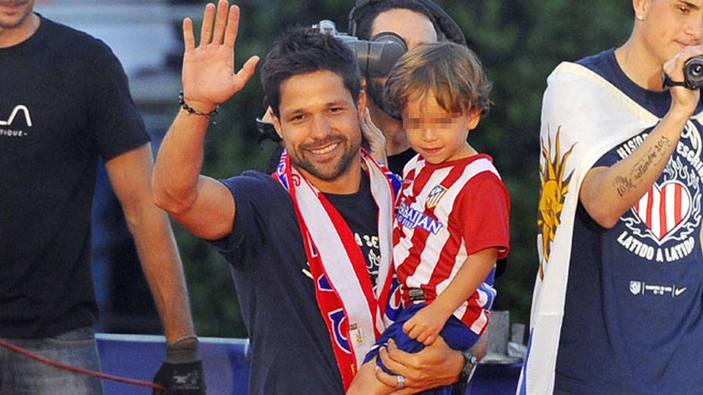 Diego Ribas y su hijo mayor, Davi