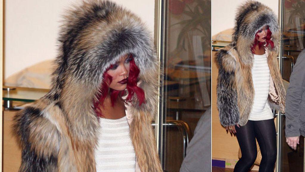Rihanna, la peor vestida, según PETA