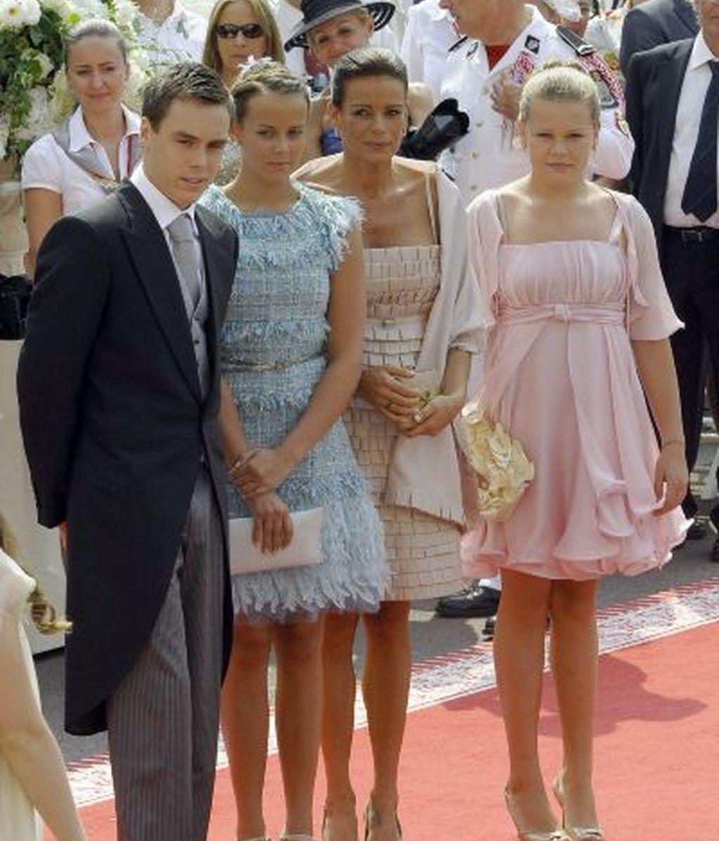 Estefanía de Mónaco y sus tres hijos