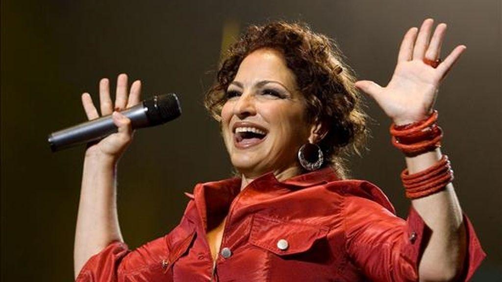 Tras sus actuaciones en Uruguay, Gloria Estefan cantará en Santiago de Chile (el 15 de abril), en Buenos Aires (el día 18), en Lima (el 21) y en Guayaquil (el 23 de abril). EFE/Archivo