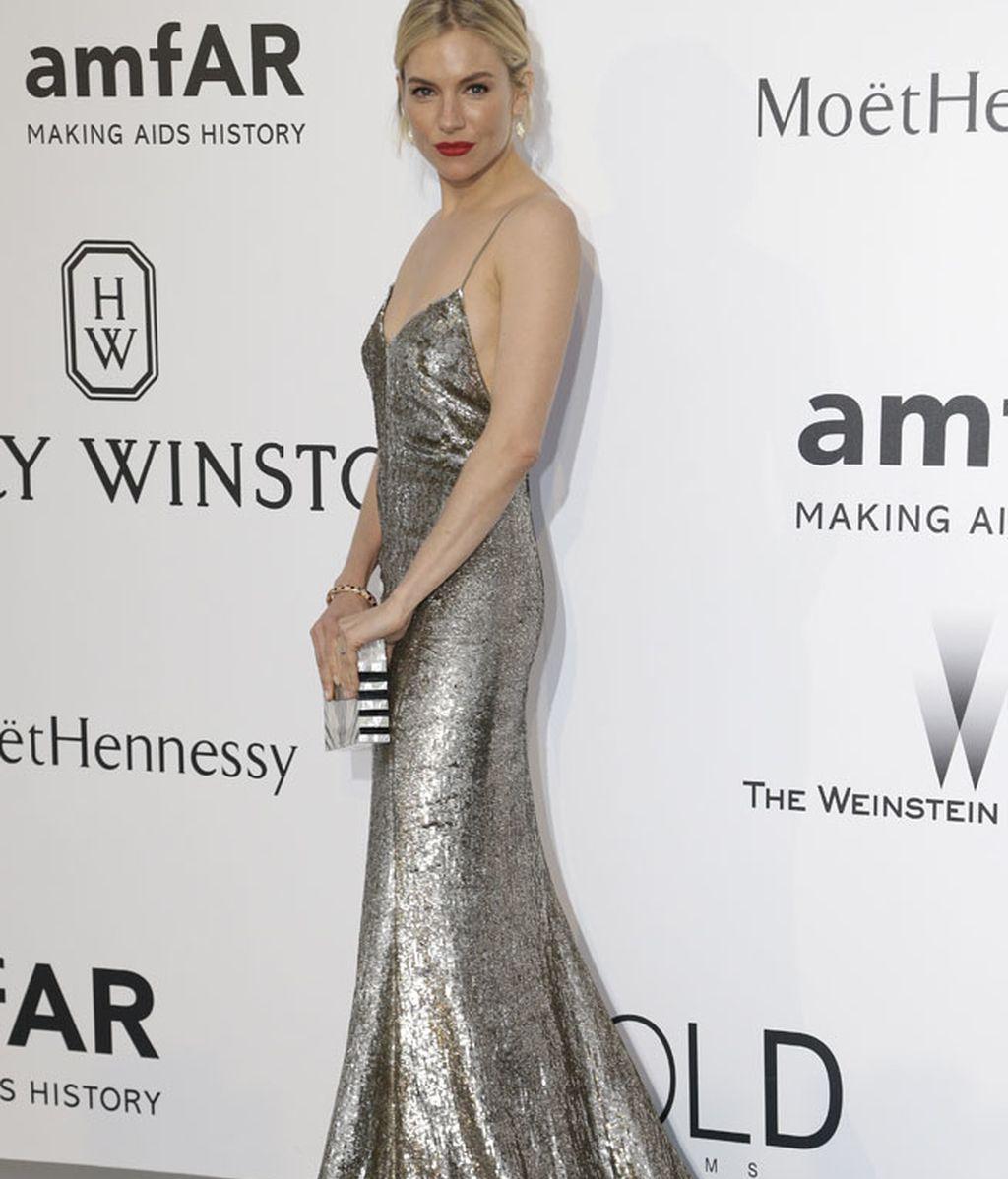 Sienna Miller, con un Ralph Lauren Collection de lentejuelas