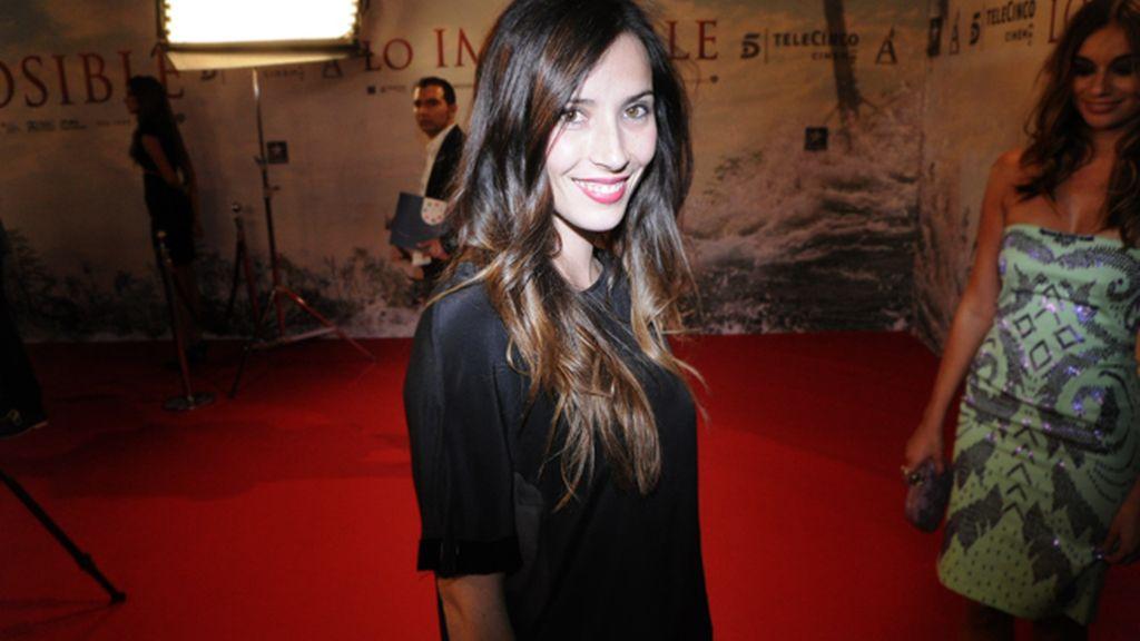 Bárbara Goenada acudió muy elegante en negro con un diseño de Marcela Mansegas