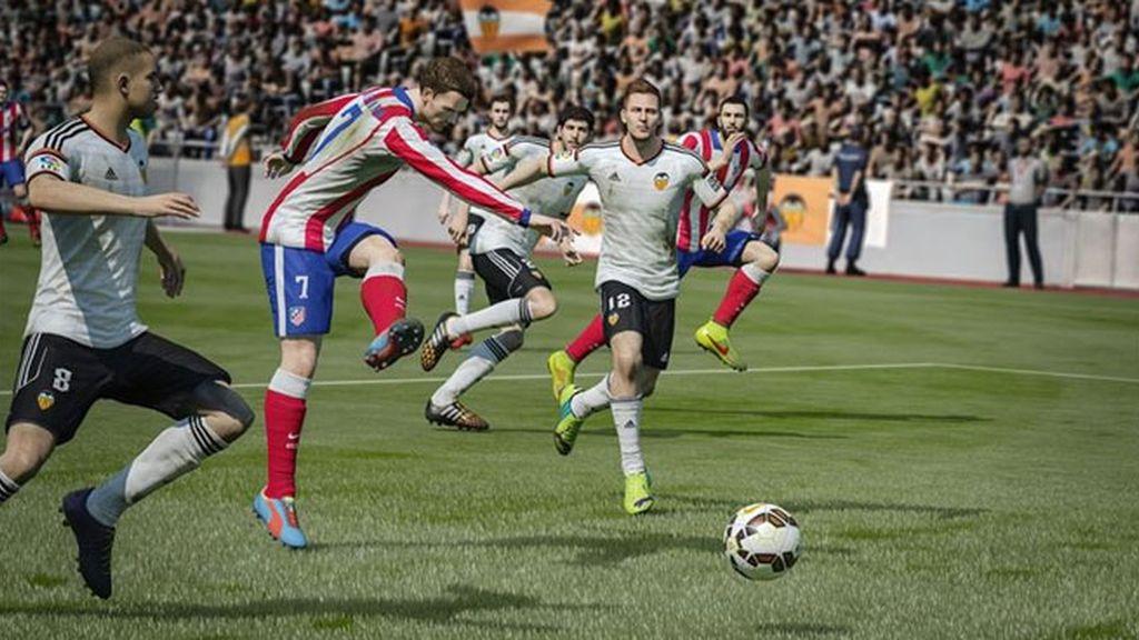 FIFA 15 salta al terreno de juego