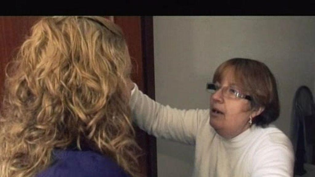 Judith se enfrenta con sus padres cuando intentan quitarle el ordenador
