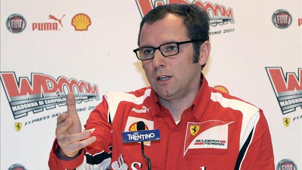 Fotografía facilitada por la organización de Wrooom 2011 de la rueda de prensa de Stefano Domenicali, director de la escudería Ferrari, que ofreció hoy dentro de la reunión anual en Madonna de Campiglio (Italia), de pilotos y técnicos de las escuderías Ferrari de Fórmula Uno y Ducati de MotoGP. EFE