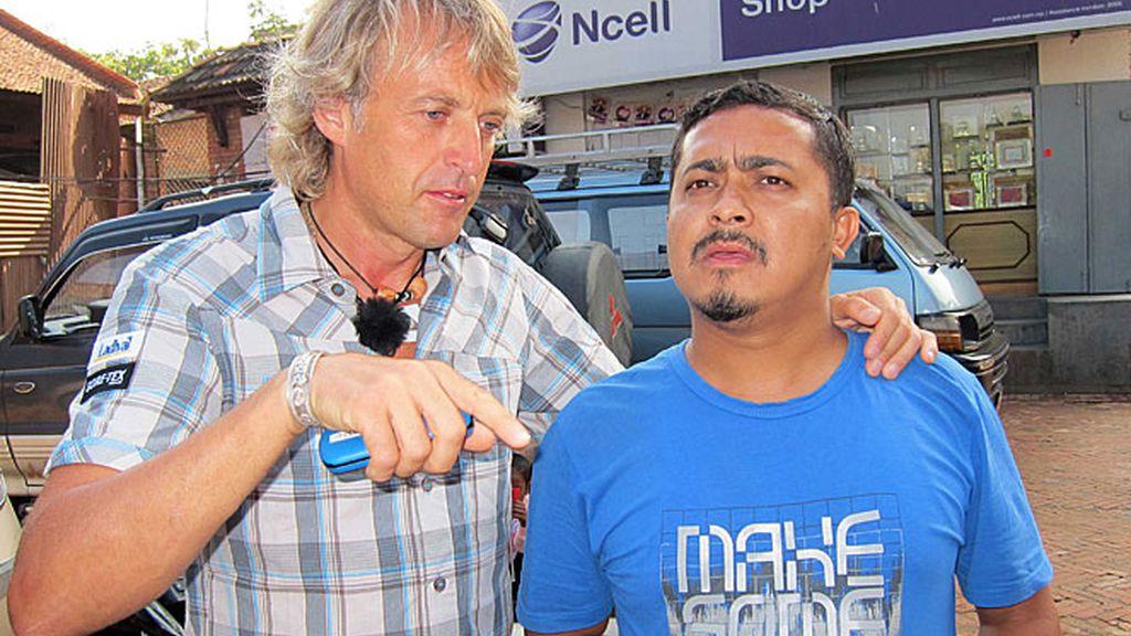 Jesús Calleja, con un amigo nepalí