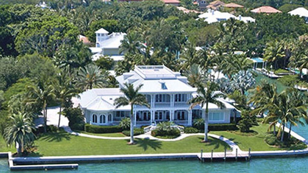 Algunas mansiones tienen una parcela de mar propia, lo cual aumenta su atractivo y su precio