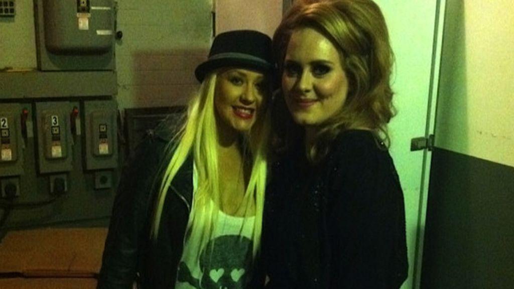 Adele en el Twitter de Christina Aguilera