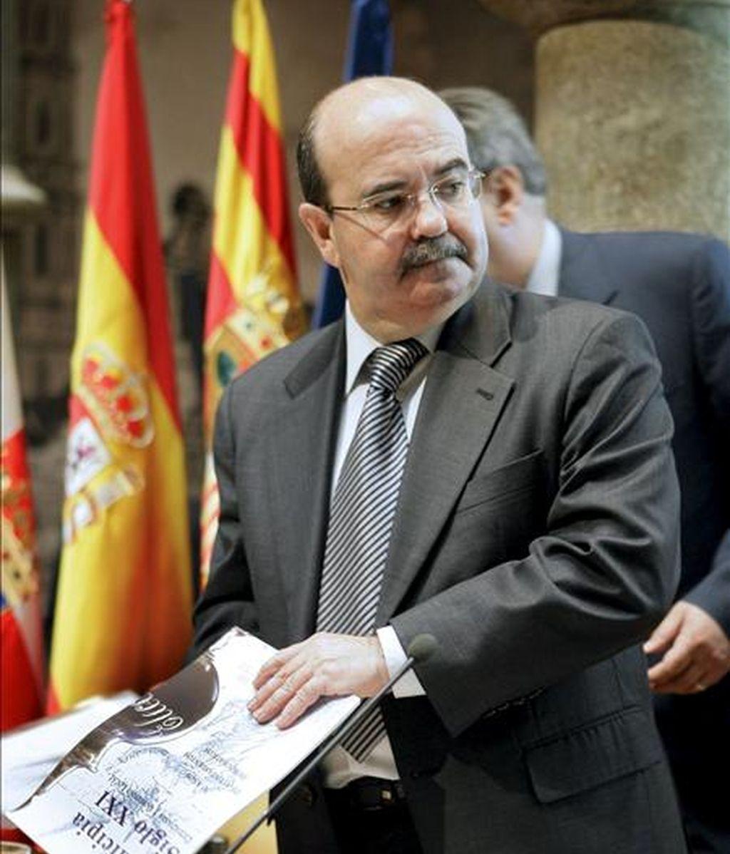El secretario de Estado de Cooperación Territorial del Ministerio de Administraciones Públicas, Gaspar Zarrías. EFE/Archivo