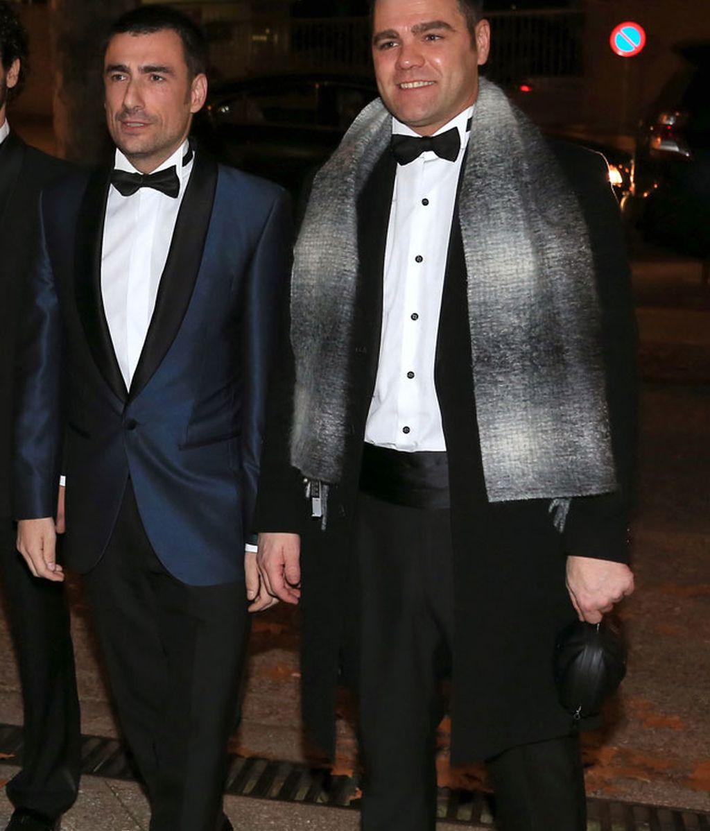 Gelete y Fonsi Nieto eligieron traje y pajarita