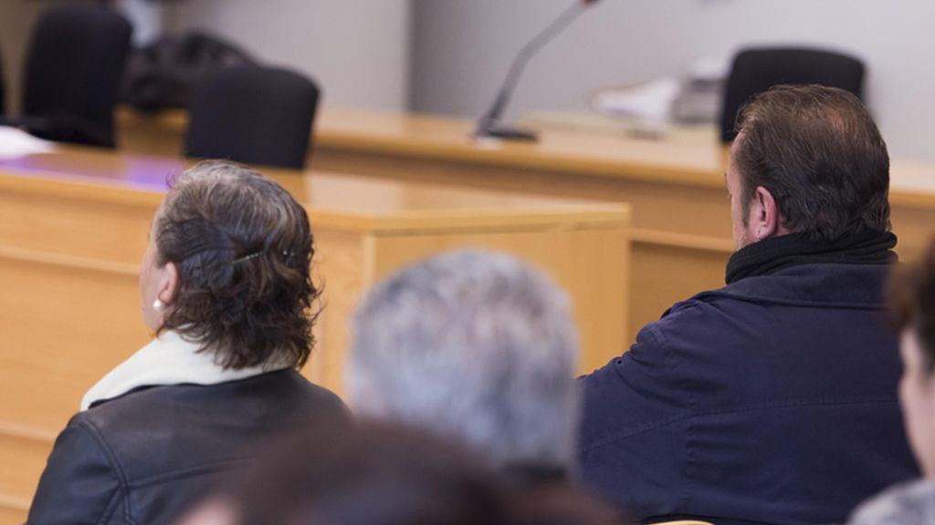 Juicio a los padres del 'Cuco por incumplir la orden de alejamiento de su hijo con la familia de la víctima
