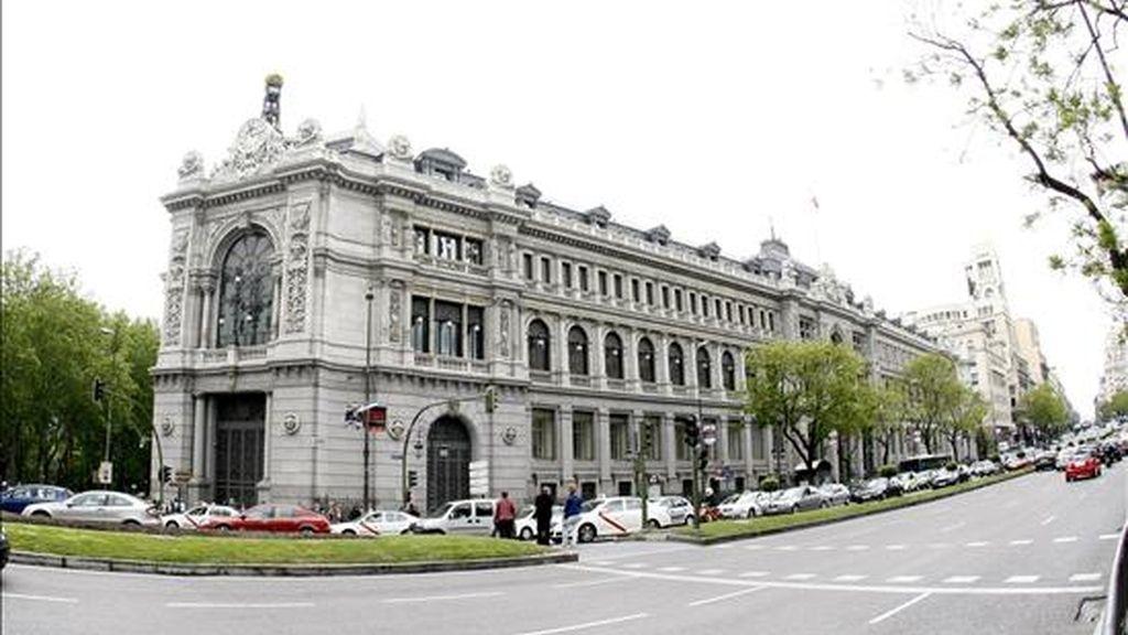 Vista de la fachada del Banco de España, que esta semana publica los datos de morosidad de mayo. EFE/Archivo