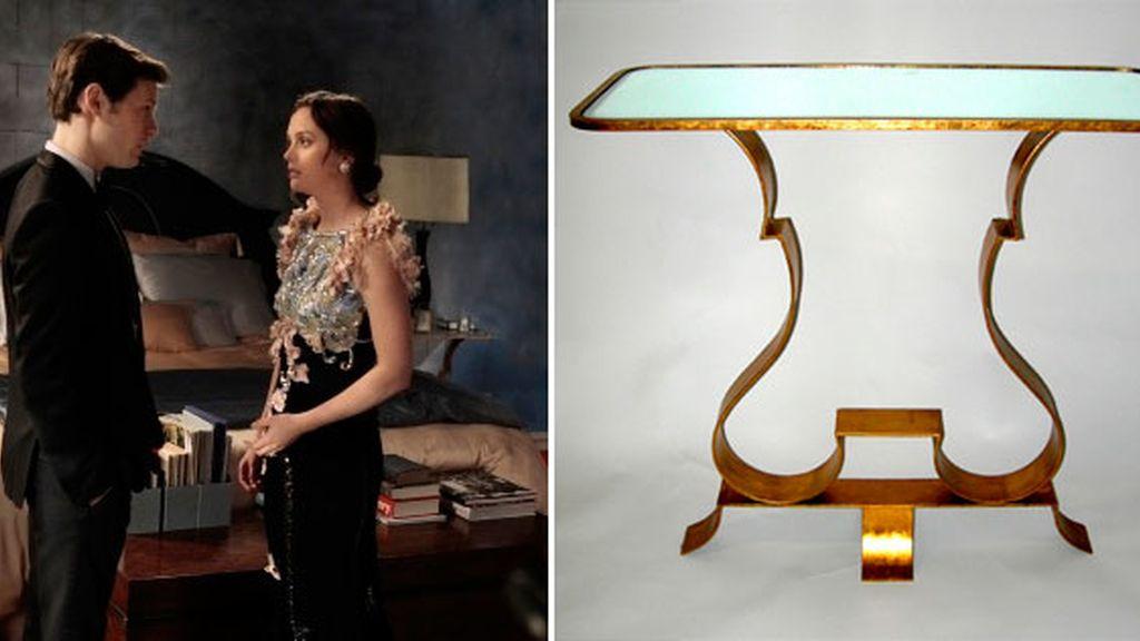 La butaca de Lily, la cama de Serena y las sillas de Blair...