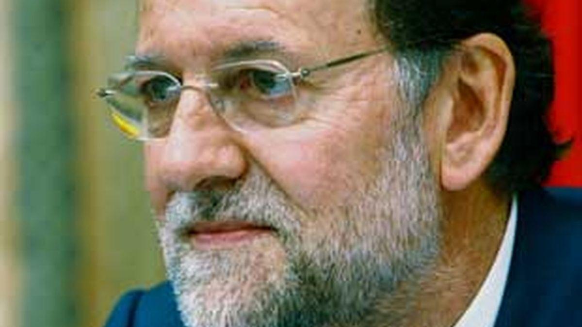 """Rajoy ha tachado de """"antidemocráticas"""" las manifestaciones en favor del juez Garzón. Vídeo: Atlas"""