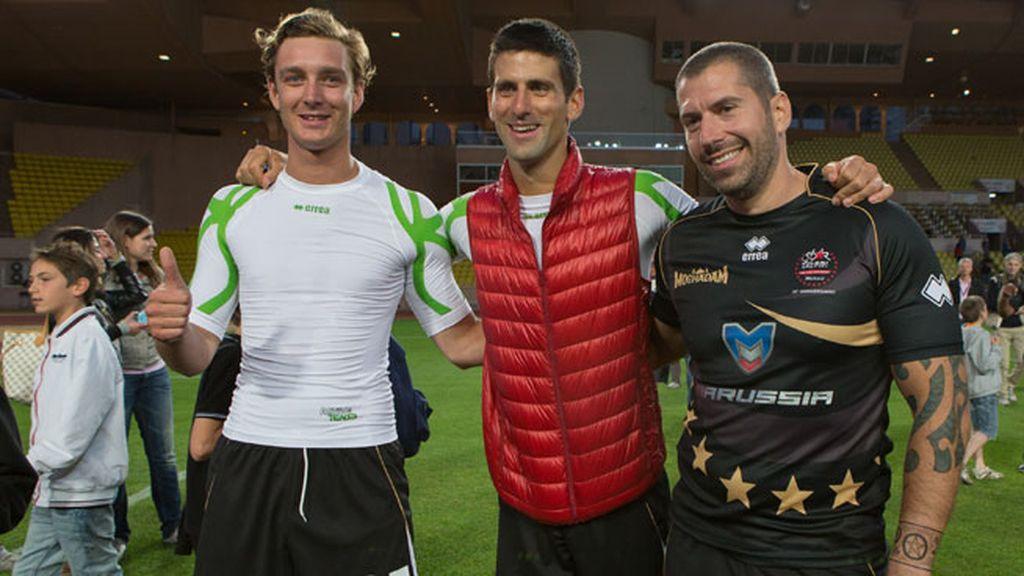 Pierre Casiraghi , Novak Djokovic y Patrice Servelle jugaron en el mismo equipo