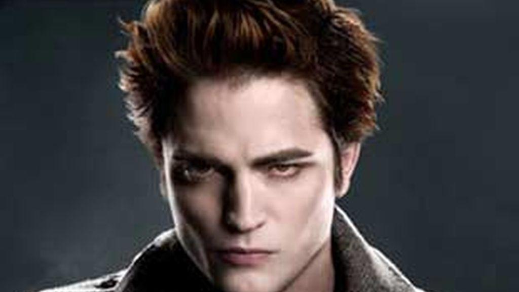 Robert Pattinson ha comenzado su periplo internacional para promocionar 'Luna Nueva' en Japón.
