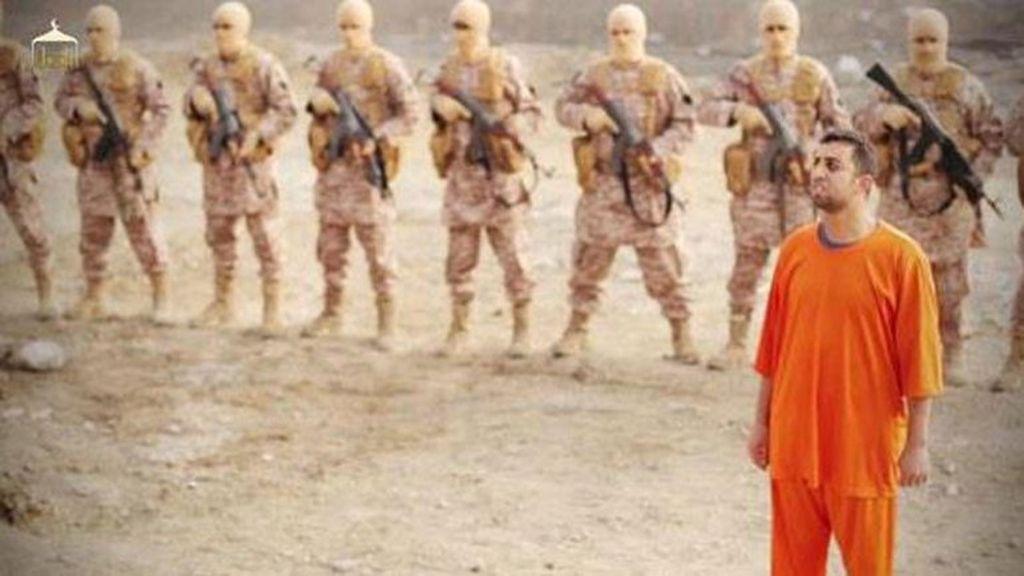 El Estado Islámico quema vivo al piloto jordano, Muad al Kasaesbe