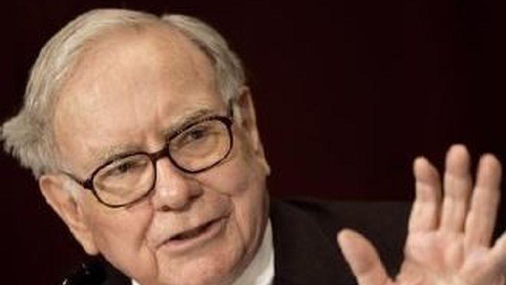 Warren Buffett insta al Gobierno a aplicar una política fiscal que no 'mime' a los millonarios en detrimento de las clases medias y pobre de EEUU.