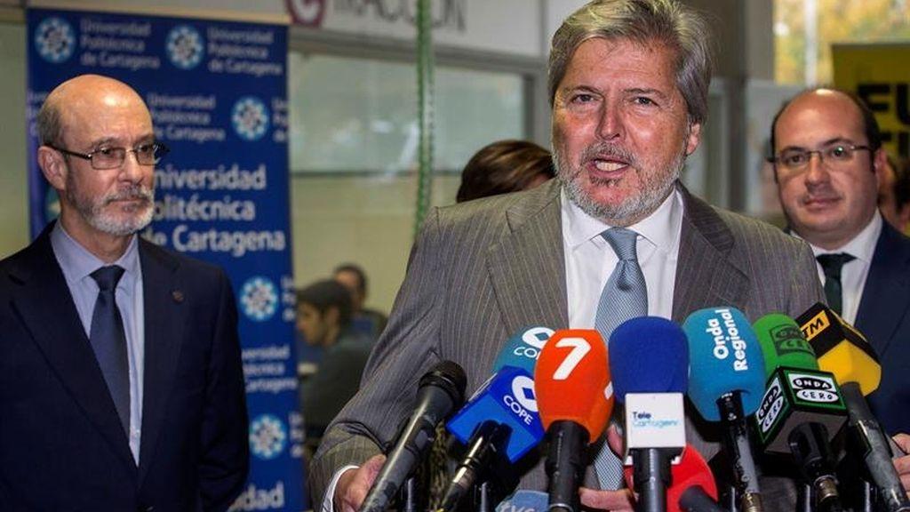 Méndez de Vigo visita las cátedras de la Universidad Politécnica de Cartagena