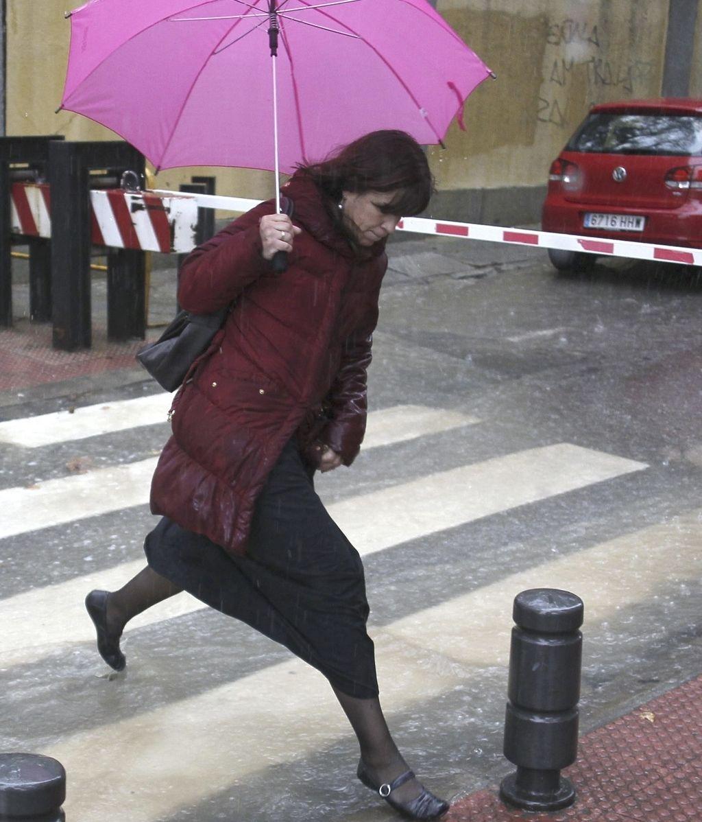 Día de lluvia intensa en la capital