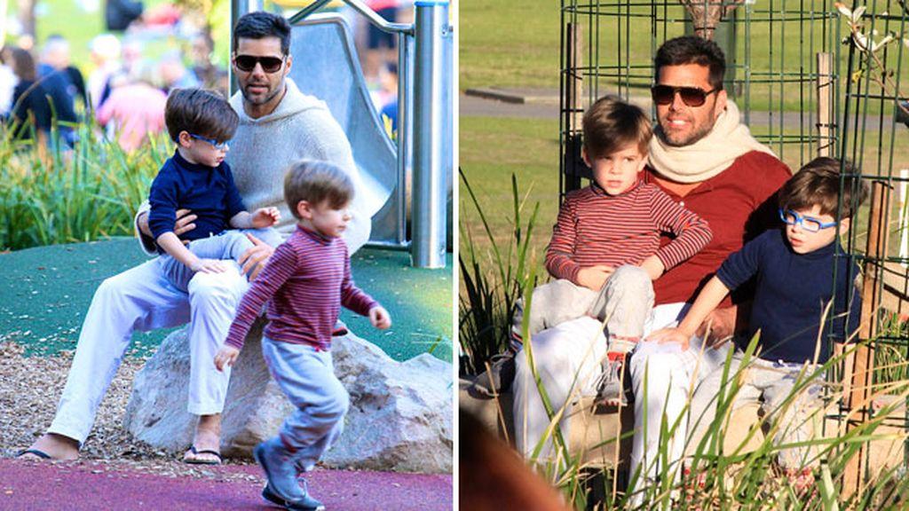 Ricky Martín y sus mellizos, Matteo y Valentino, jugando en el parque