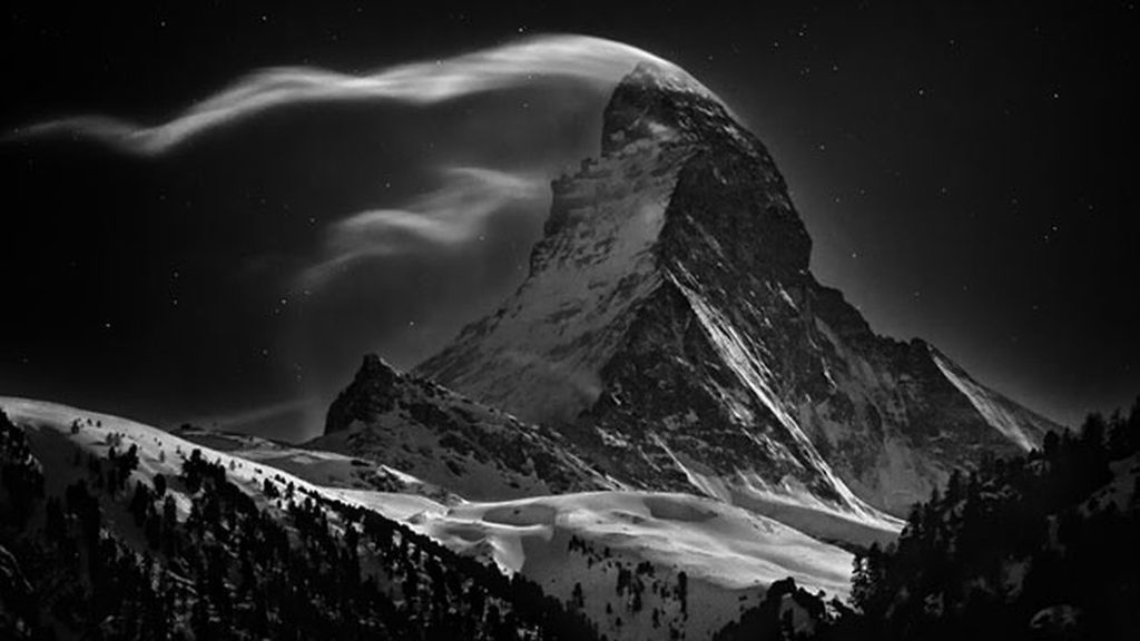 Luna llena en el monte