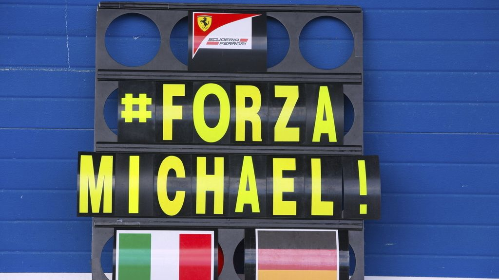 Cartel de apoyo a Schumacher en Jerez