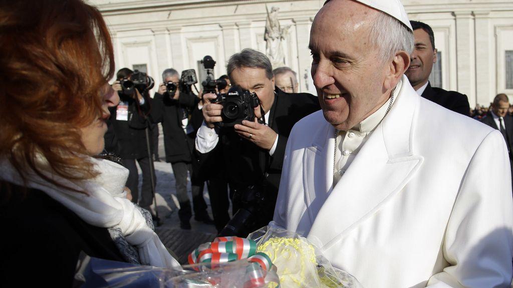 La primera tarta de cumpleaños del Papa Francisco