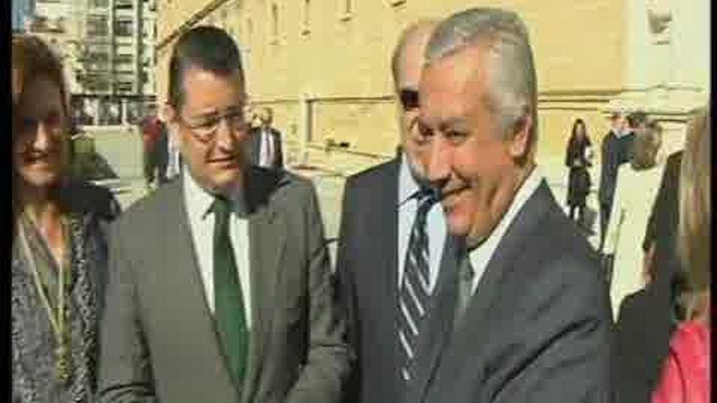 Por primera vez el PP obtendría mayoría absoluta en Andalucía