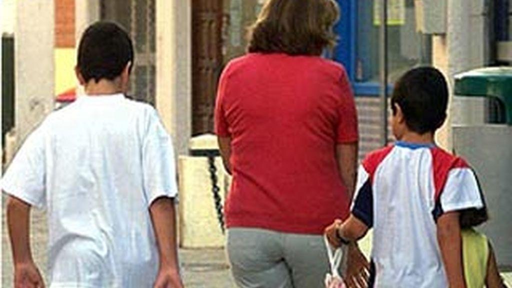 La familia va a denunciar al colegio y a la maestra por los daños sufridos por su hijo. Foto: Efe/Archivo