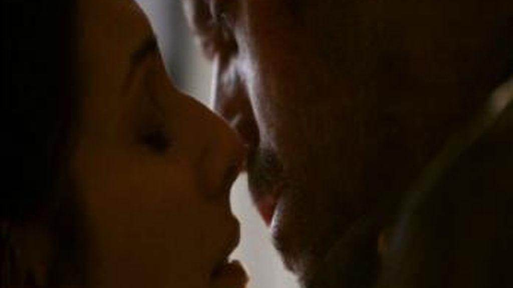 Beso entre House y CuddyCapítulo 21 de la