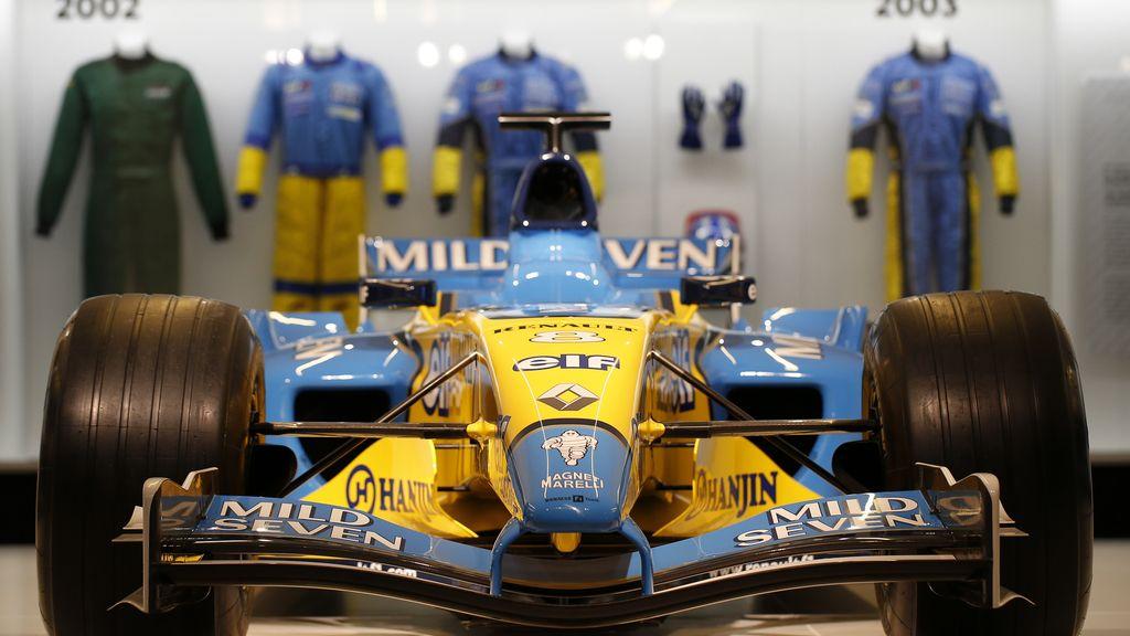 Inaugurada la exposición de Fernando Alonso en Madrid