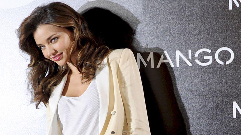 Le pide consejo a Penélope Cruz sobre moda española