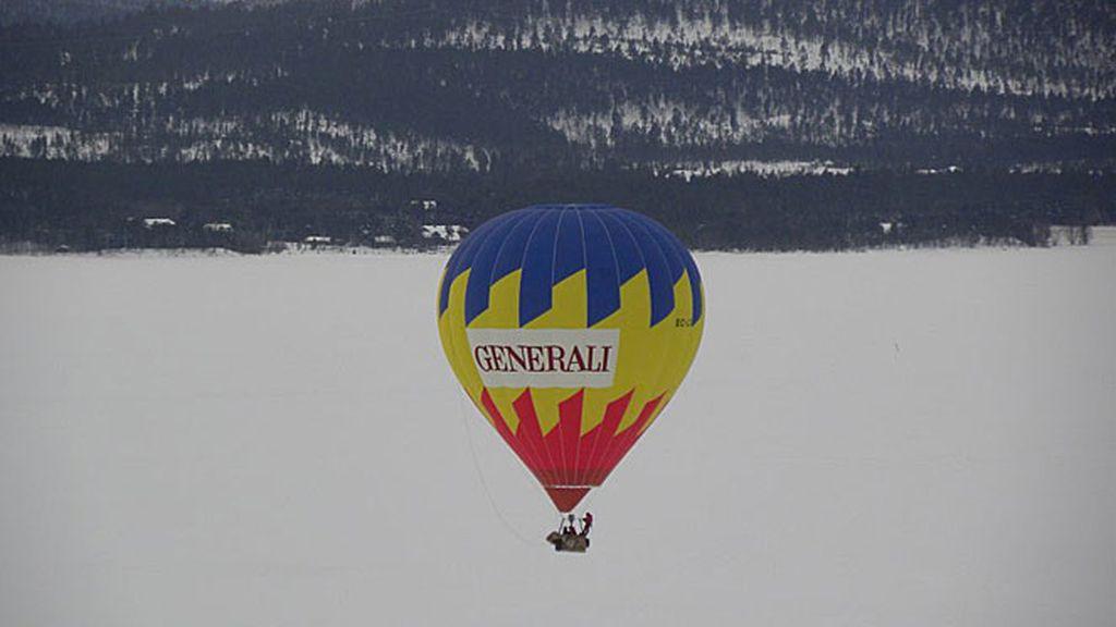 Primer vuelo invernal en globo en el Ártico