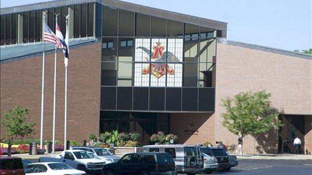 Imagen de la fábrica cervecera Anheuser-Busch en San Luis, en el estado de Misuri, Estados Unidos. EFE/Archivo