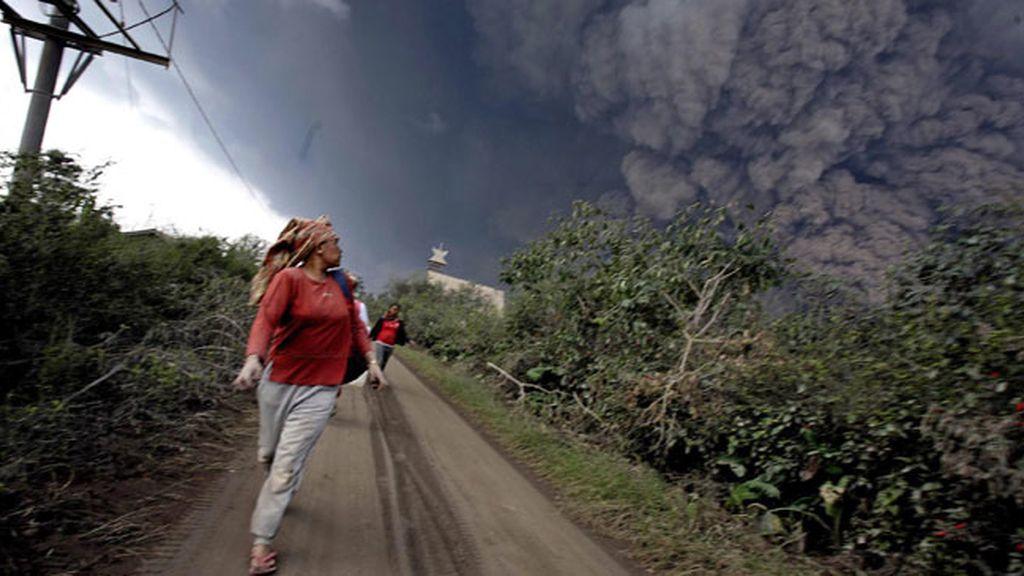 Erupción del volcán Sinabung, Sumatra