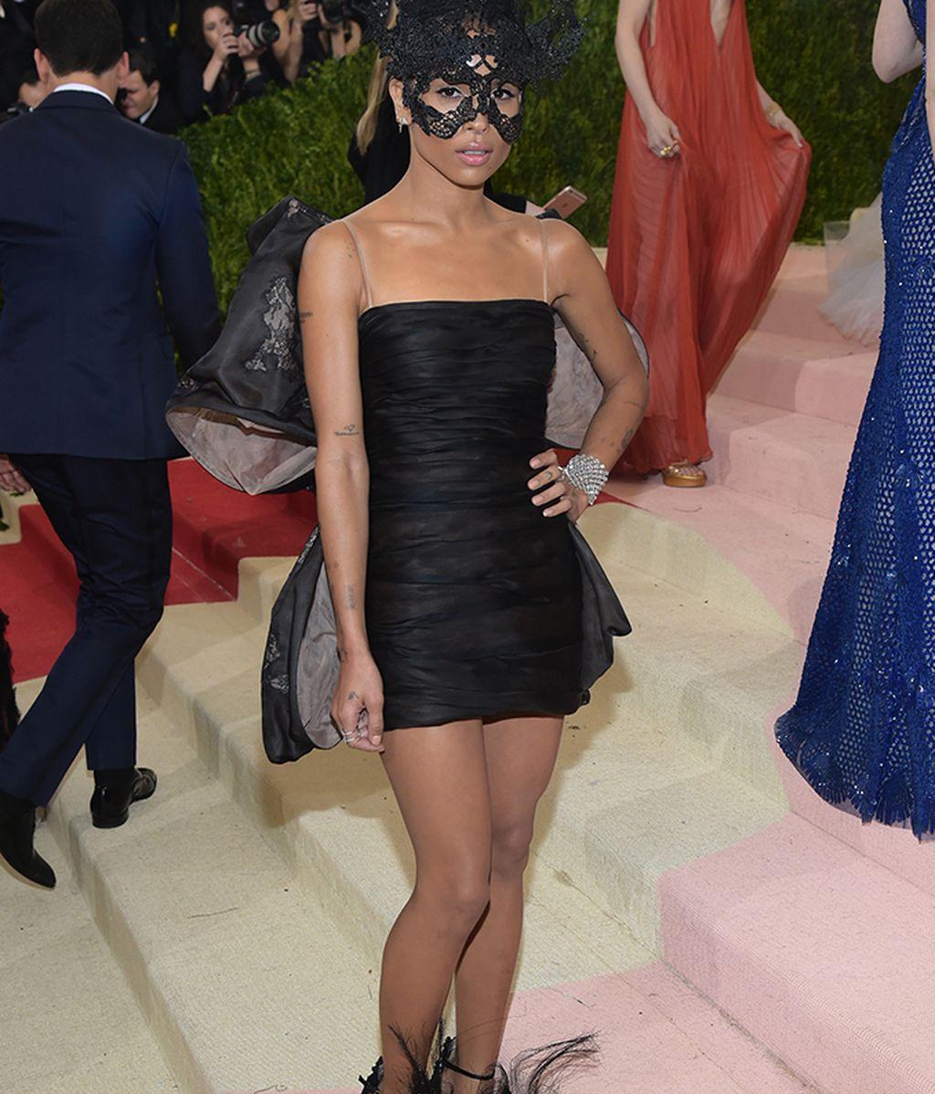 Zoe Kravitz vestida de Valentino