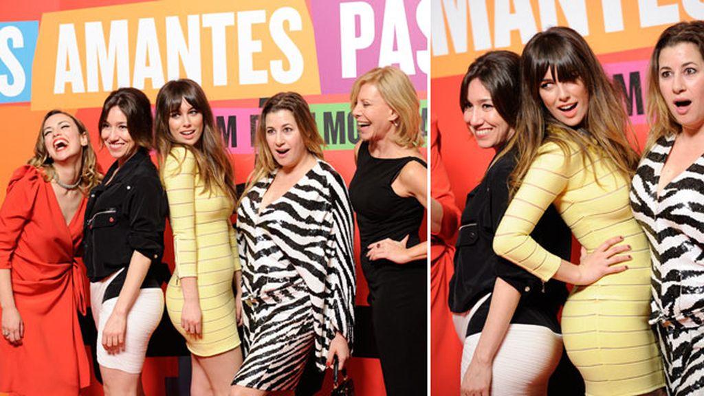 Las chicas del film junto a Pedro