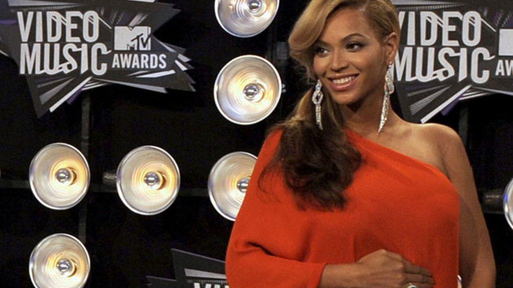 Beyoncé ha lucido embarazao en los MTV Awards