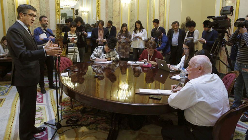 """Patxi López pide al Gobierno que evite un """"conflicto institucional grave"""""""