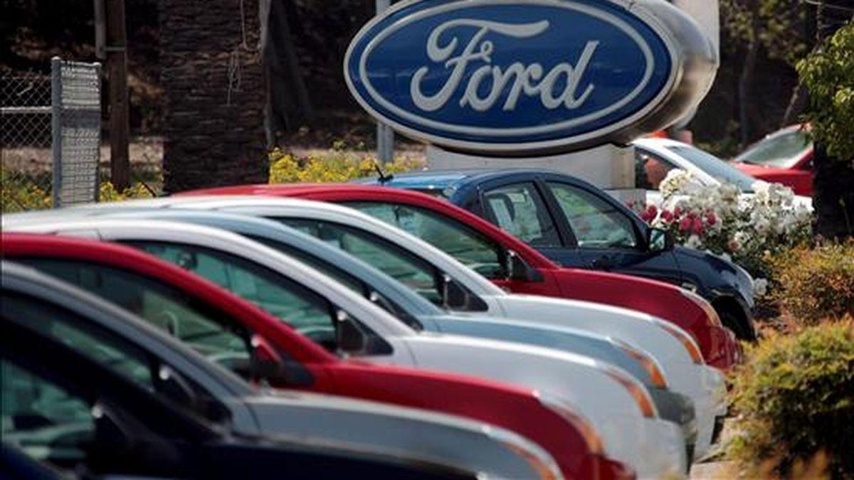 Ford indicó que en el tercer trimestre producirá 485.000 vehículos, 25.000 más que lo anunciado previamente y un 16% más que en el mismo periodo de 2008. EFE/Archivo