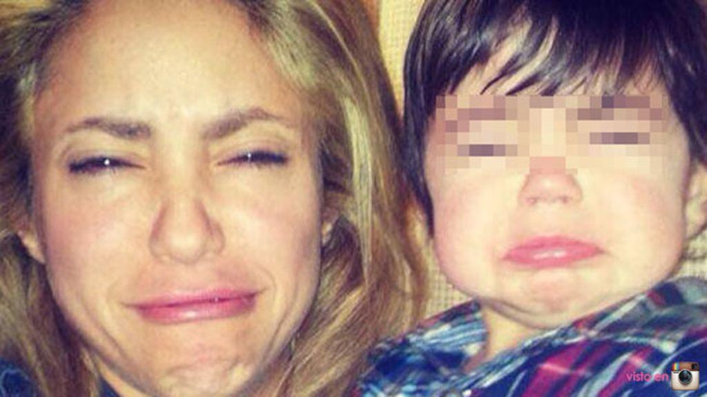 Shakira y Milan haciendo pucheros