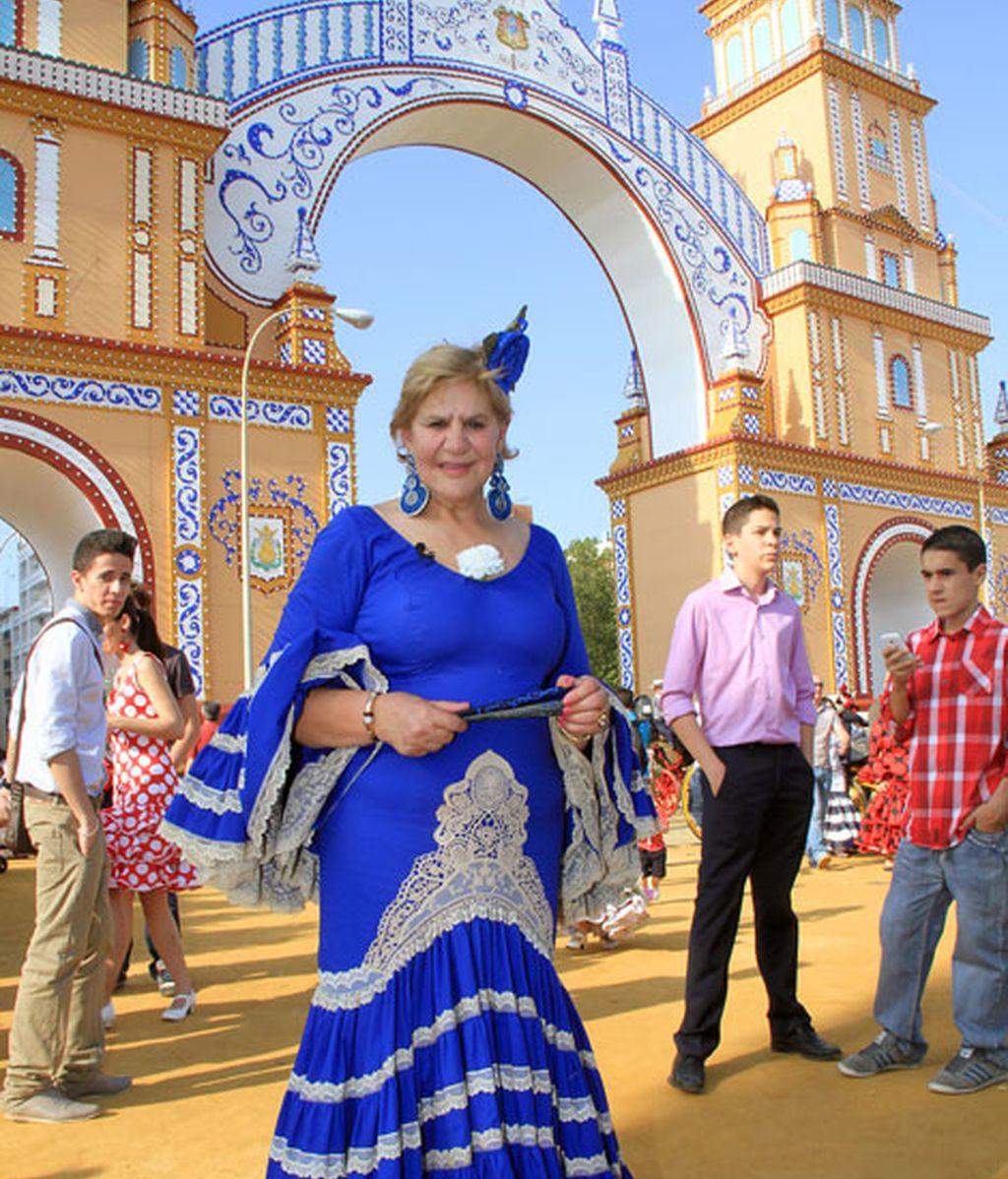 Carmen Bazán, llegó a la Feria vestida de flamenca