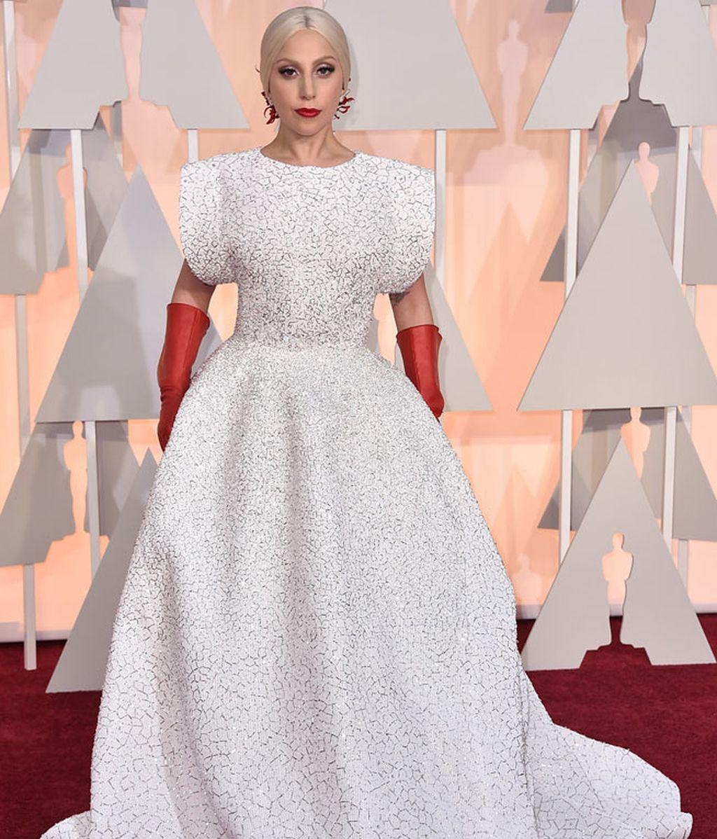 Lady Gaga vestida de Azzedine Alaïa
