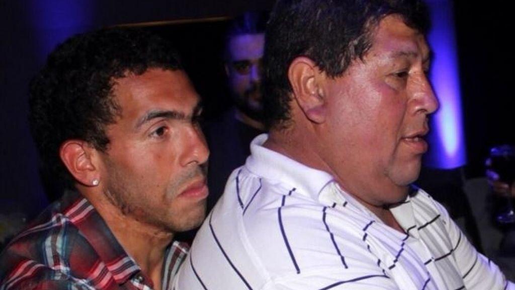 Secuestran al padre de Carlos Tévez