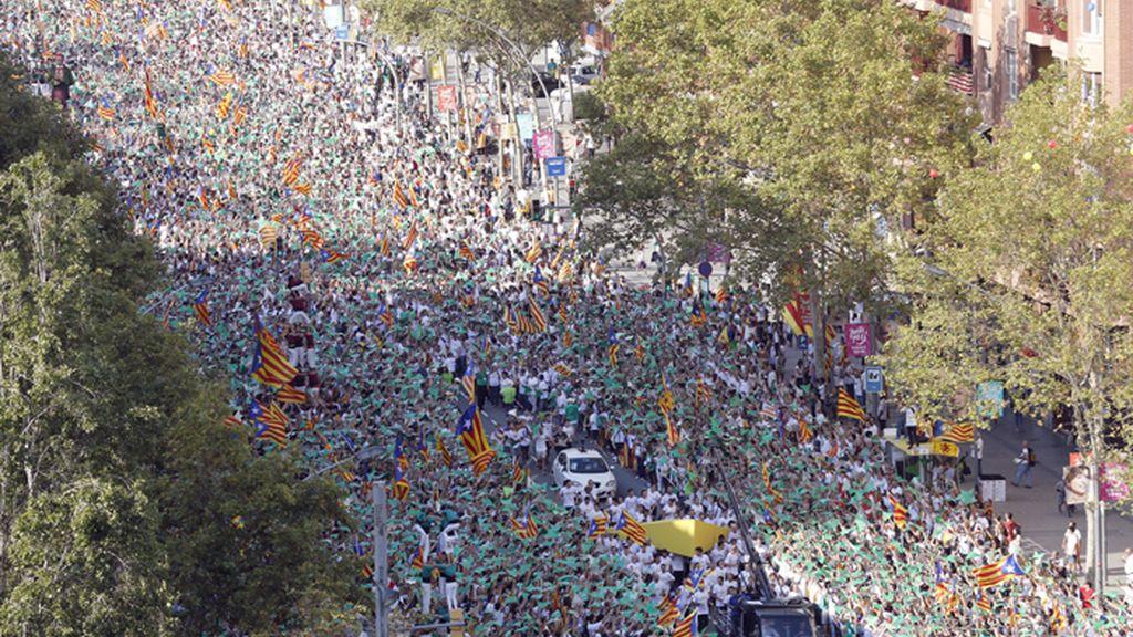 Diada masiva en las calles de Barcelona