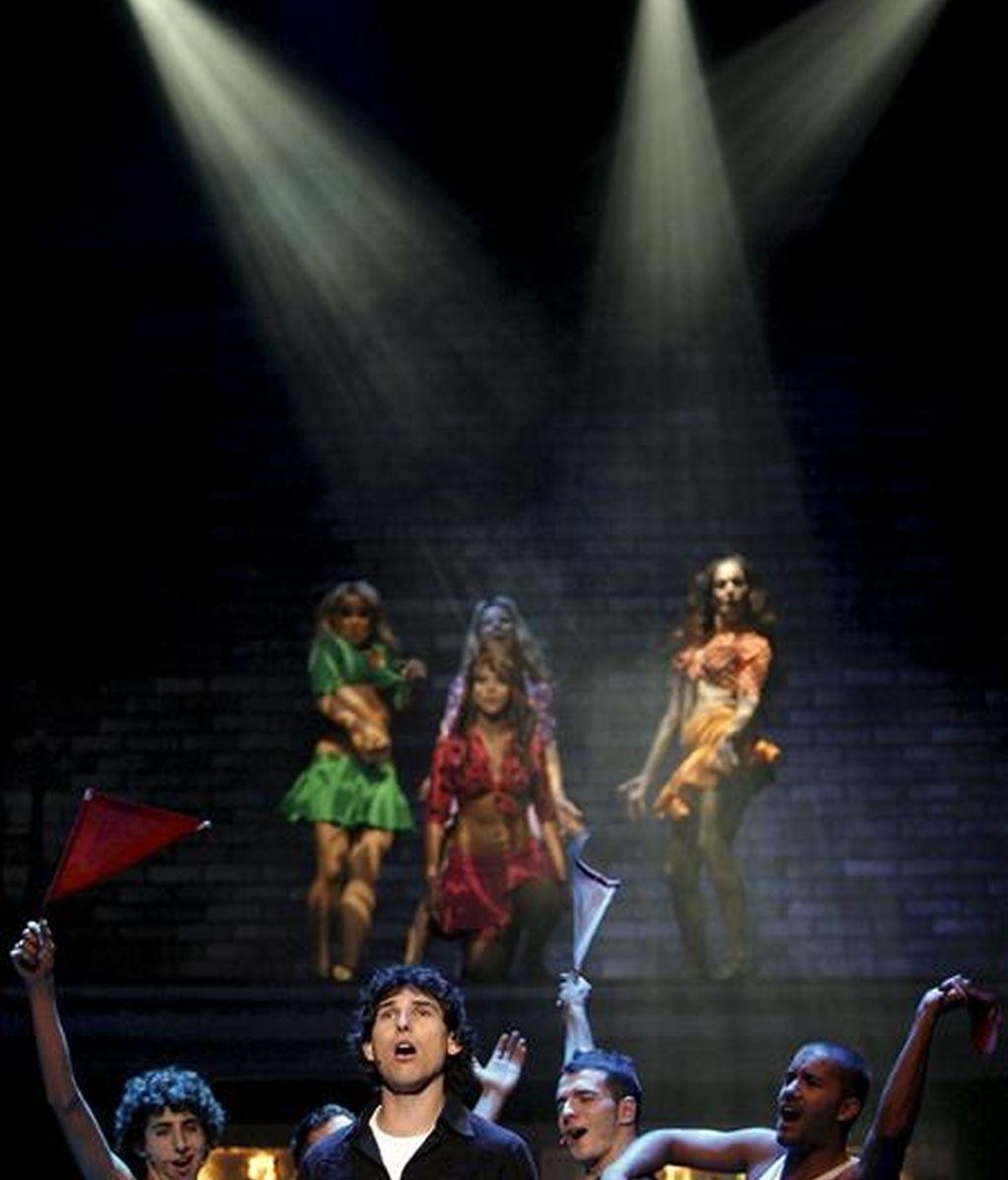 """En la foto una de las escenas del musical de Mecano """"Hoy no me puedo levantar"""". EFE/Archivo"""