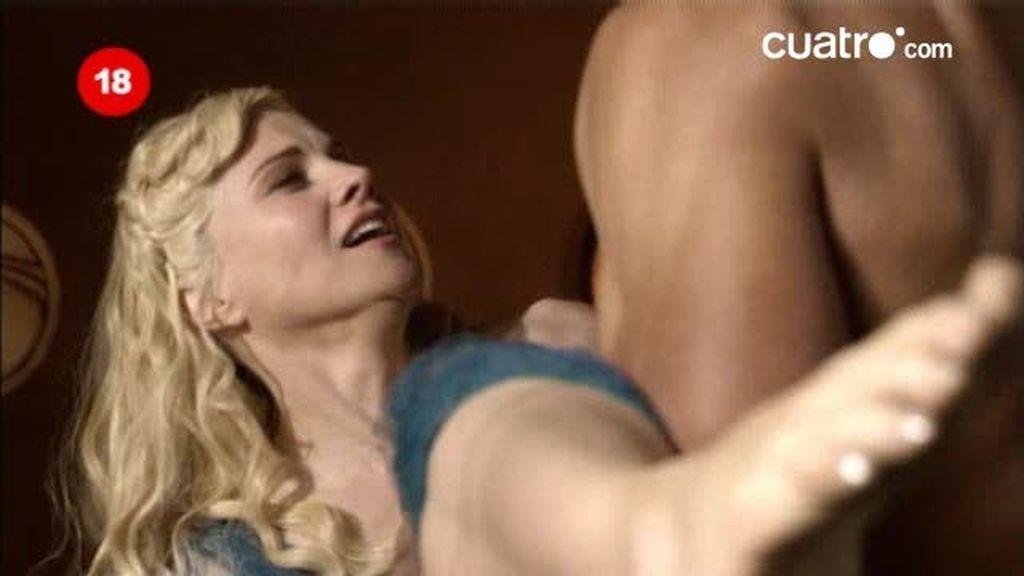 Crixus sorprende a Lucretia
