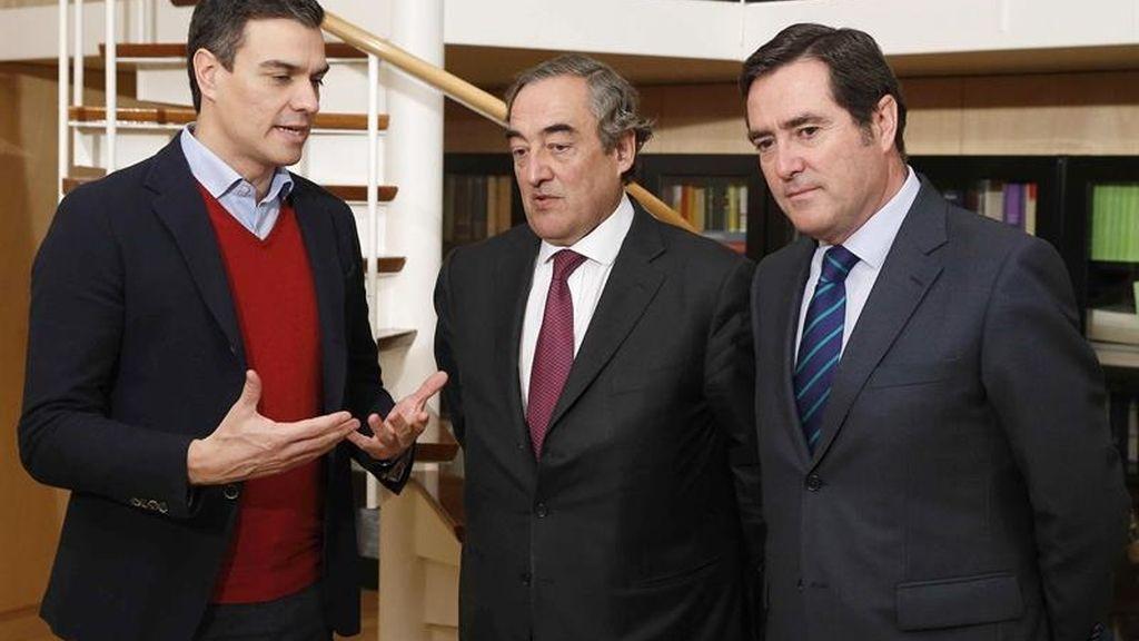 Sánchez se reúne con los líderes de la CEOE y de CEPYME